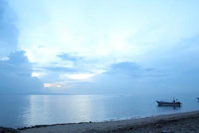 Panorama Matahari Terbit di Pantai Sanur
