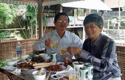 Uống rượu với Kha huynh
