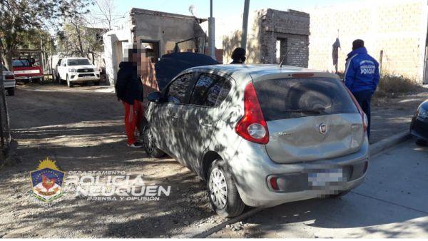 Aparecio en Neuquén auto robado en Roca