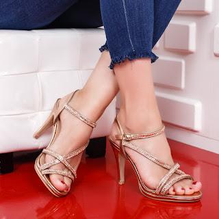 Sandale Lorelina aurii elegante de ocazii cu strasuri