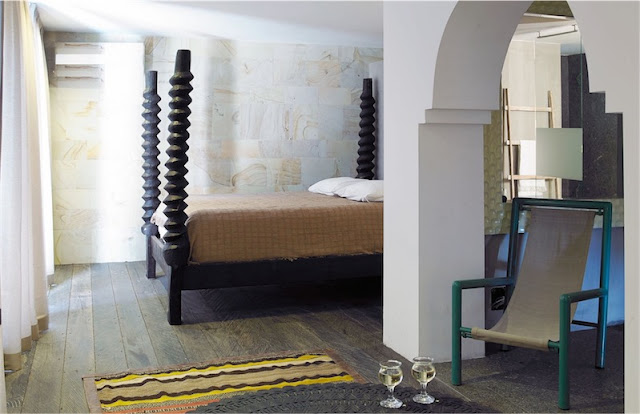 gran cama de madera exotica chicanddeco