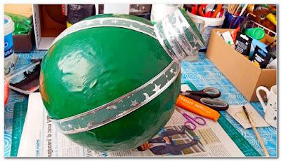 Bola-esfera-verde-papel-mache-tutorial