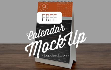 Download 4 Mockup Kalender PSD Gratis