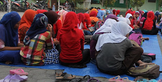 http://islamiwiki.blogspot.co.id/