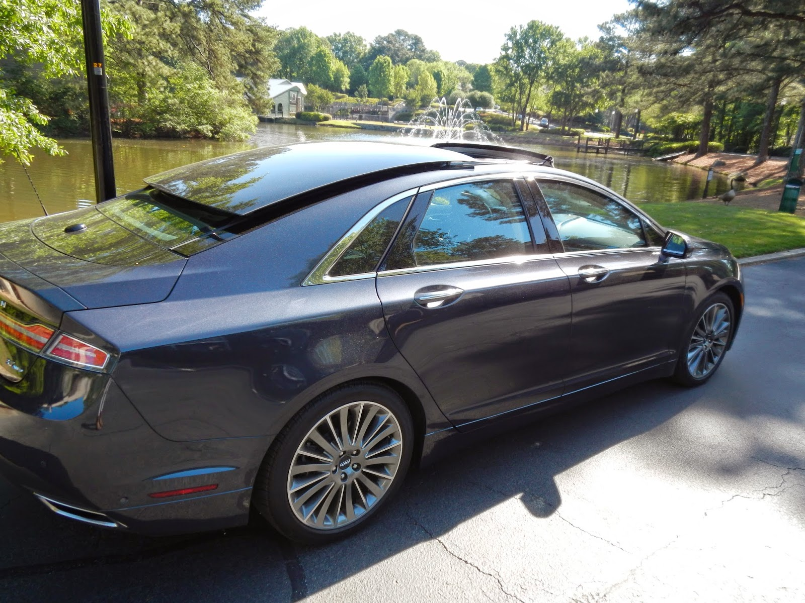 Retractable Panoramic Roof The Lincoln Mkz