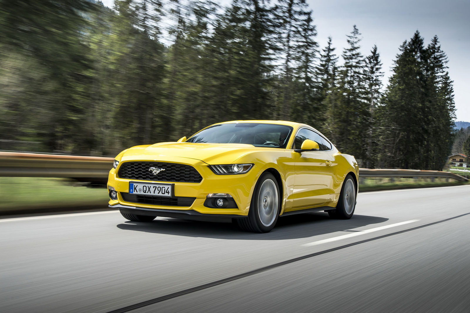 ford sold over 15 000 mustangs in europe last year carscoops. Black Bedroom Furniture Sets. Home Design Ideas