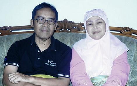 Sebuah Kisah Nyata Dimana Satu Keluarga Masuk Islam Setelah Anaknya Meminta Ini