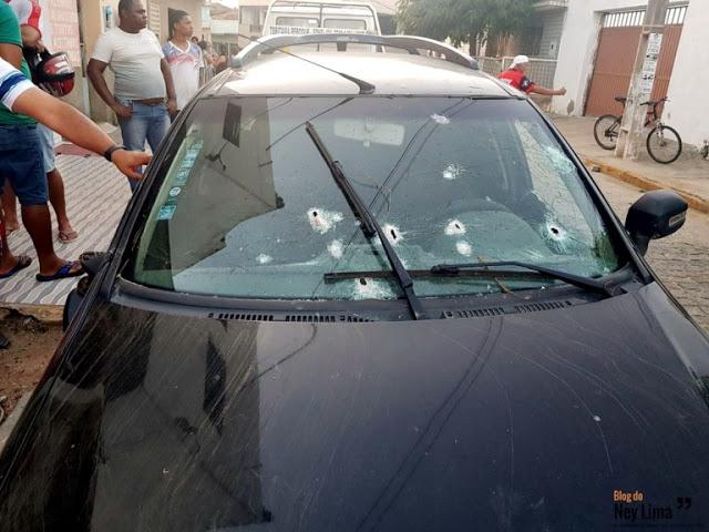 Polícia e bandidos trocam tiros após perseguição em Toritama. Dois criminosos morreram na ação