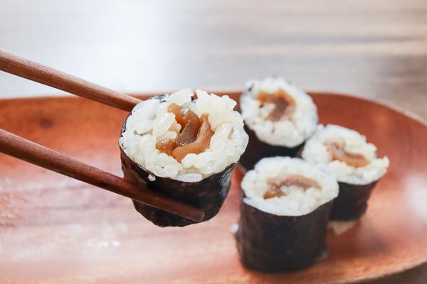 台中西區蔬壽司隱藏在巷弄裡面,美味的素食壽司有多種選擇