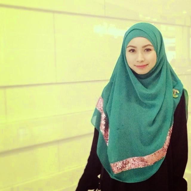 Inspirasi cara simple pakai tudung bawal seperti shawl tutup dada ala