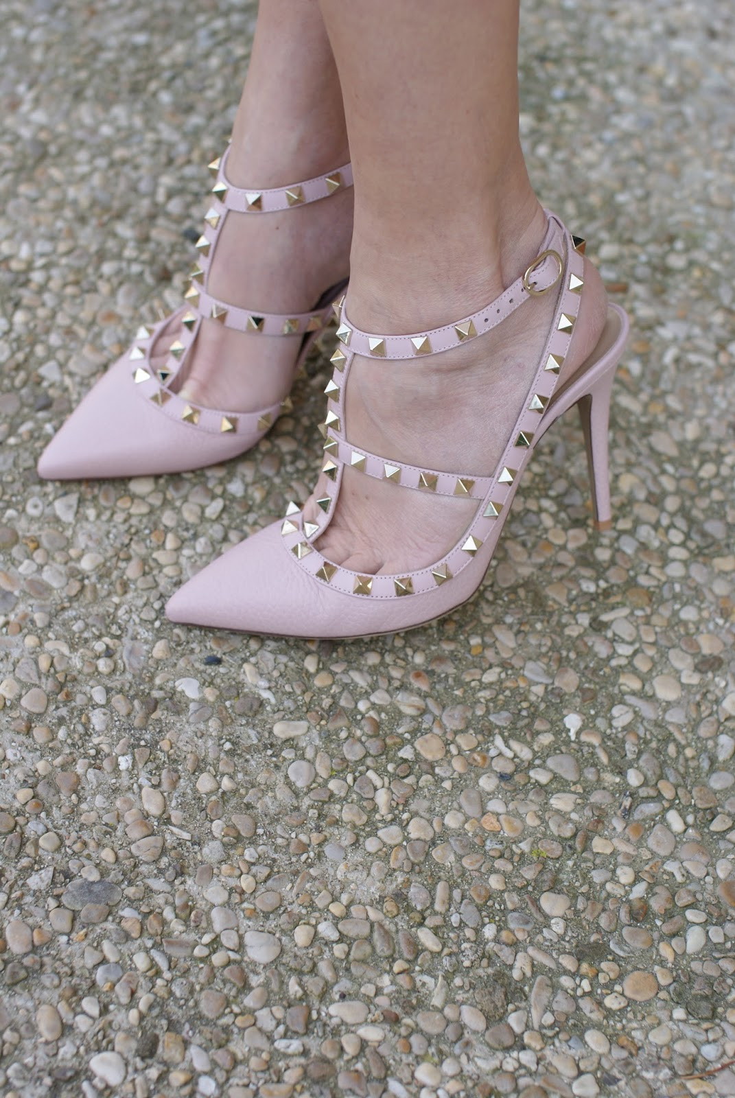 pink Valentino Rockstud slingback heels on Fashion and Cookies fashion blog, fashion blogger style