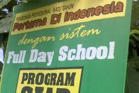 <alt img src='gambar.jpg' width='100' height='100' alt='kotamobagu full day school, tidak bisa'/>