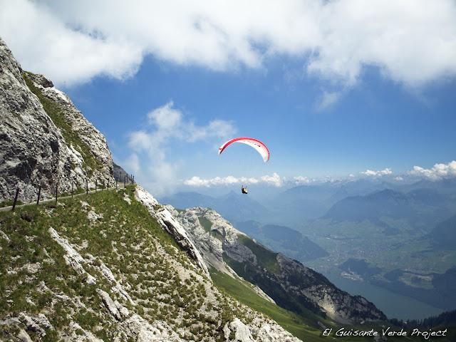 Parapente en el Monte Pilatus, Lucerna, por El Guisante Verde Project