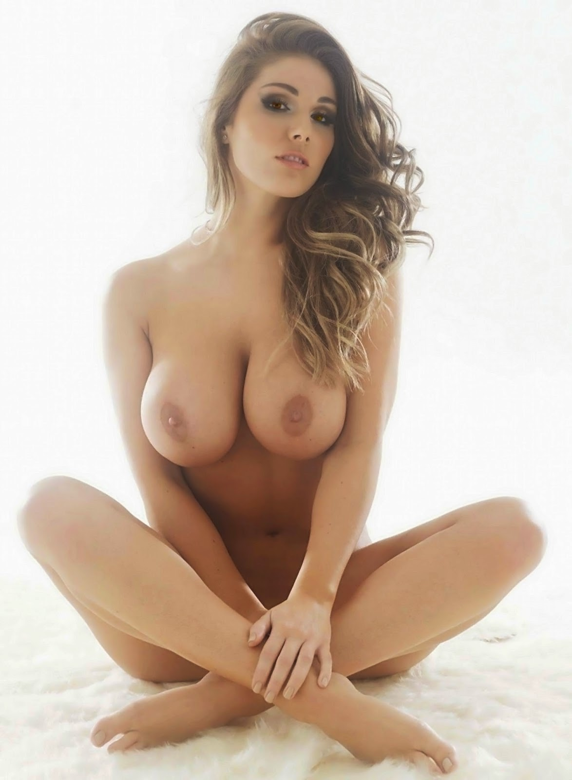 Nude And Naked Babes Lucy Pinder Hot Nude Naked Sexy Nuts -8302