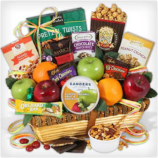 Mothers-Day-Orchard-Fruit-Basket