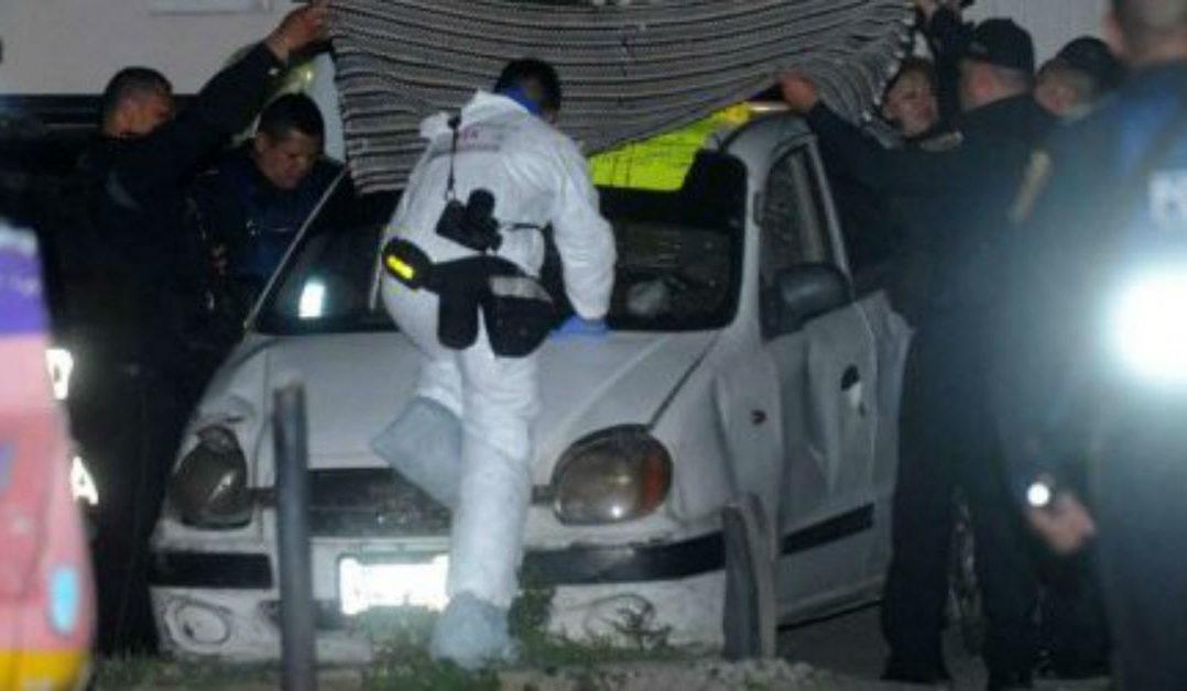 Video: Filtran video del momento en que abandonan auto con decapitado en Iztapalapa.