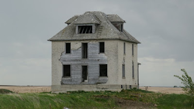 abandoned, house, Leader, Saskatchewan, brick, birds, spooky