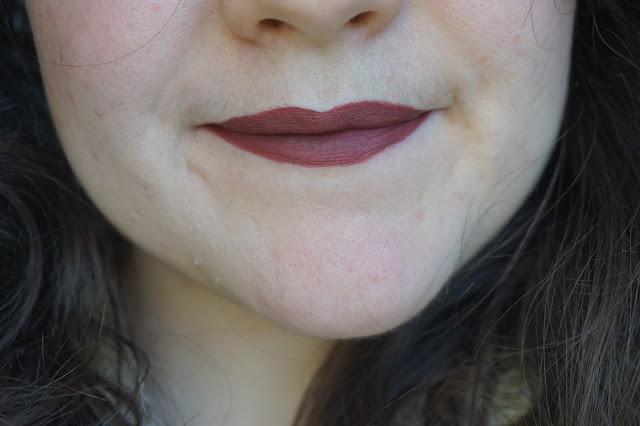 Sephora _Rouge_velouté_sans_transfert_Cream_lip_stain_24_burnt_sienna_revue_avis_swatches_001