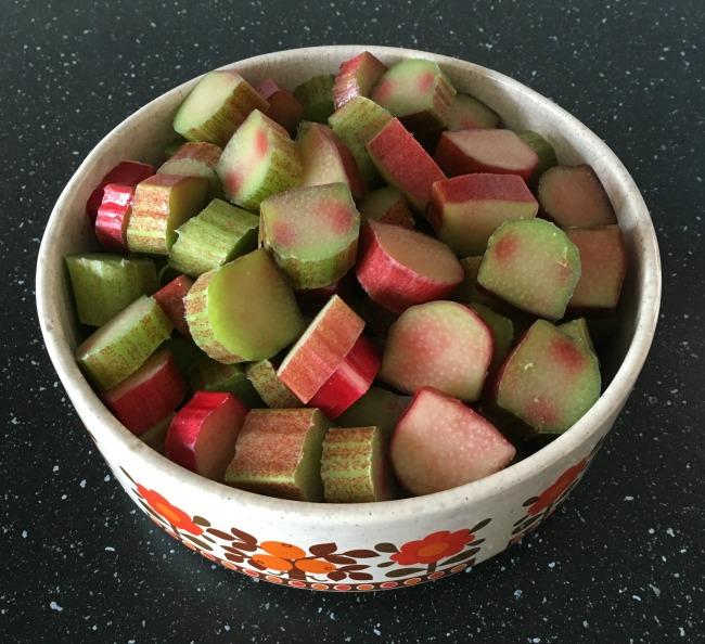 Traditional-Rhubarb-crumble-raw-rhubarb-in-casserole-dish