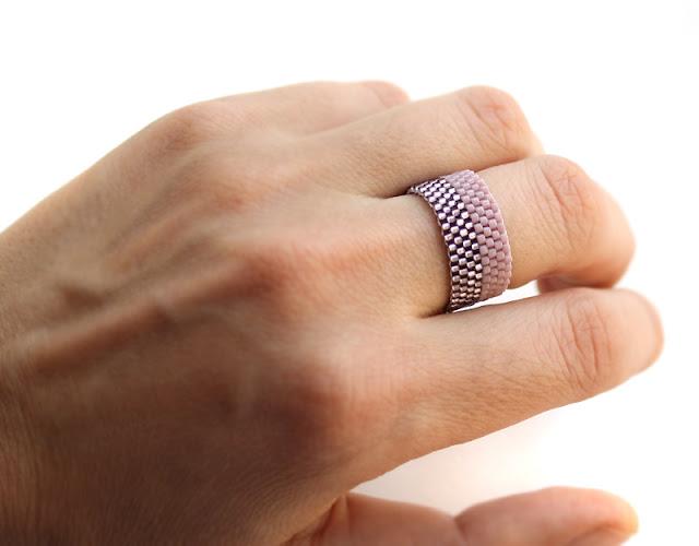 необычное широкое кольцо 16.5 размер купить изделия из бисера ру