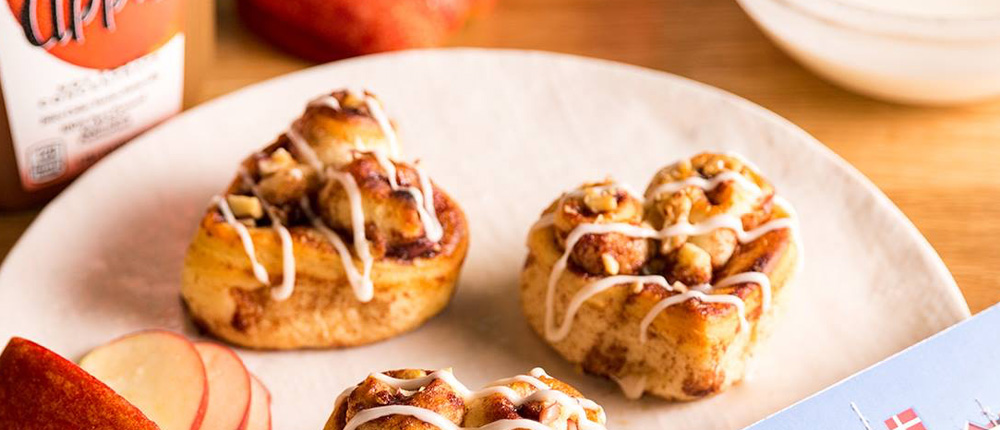 Simply Apple Cinnamon Rolls