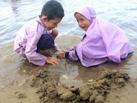 Tiga Strategi Kunci Pelibatan Keluarga dalam Mendidik Anak di Era Kekinian