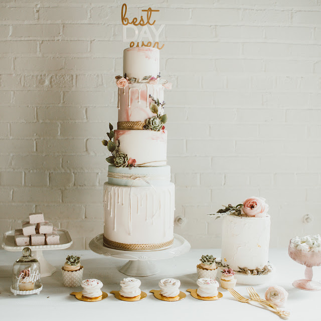 pretty bohemian wedding decor inspiration | boho wedding cake and sweets