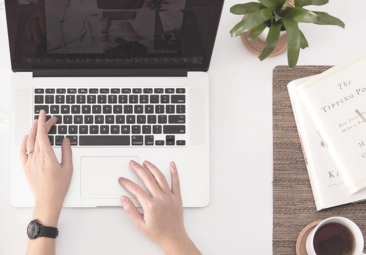 tutorial su come fare il reindirizzamento personalizzato su blogger in modo semplice e veloce