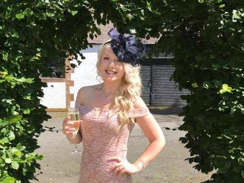 Quiz Summer Wedding Outfit