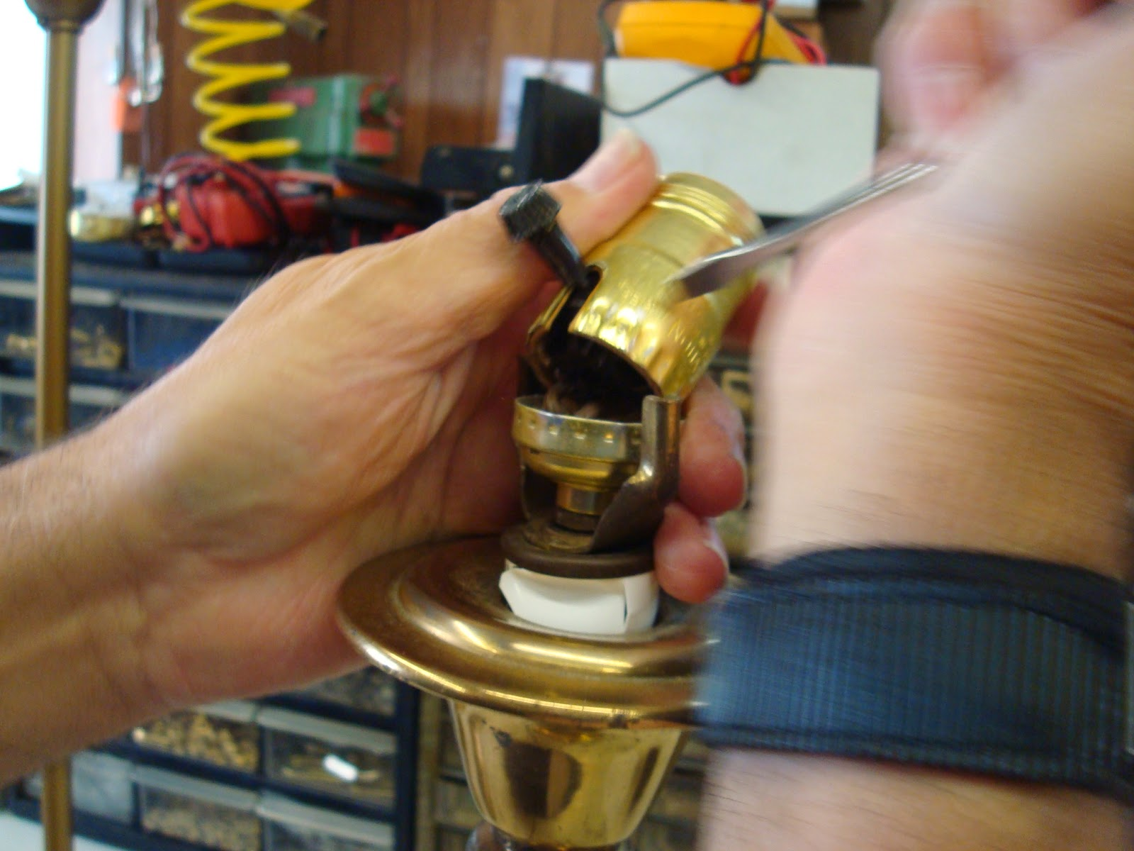medium resolution of removing the socket shell from the socket cap