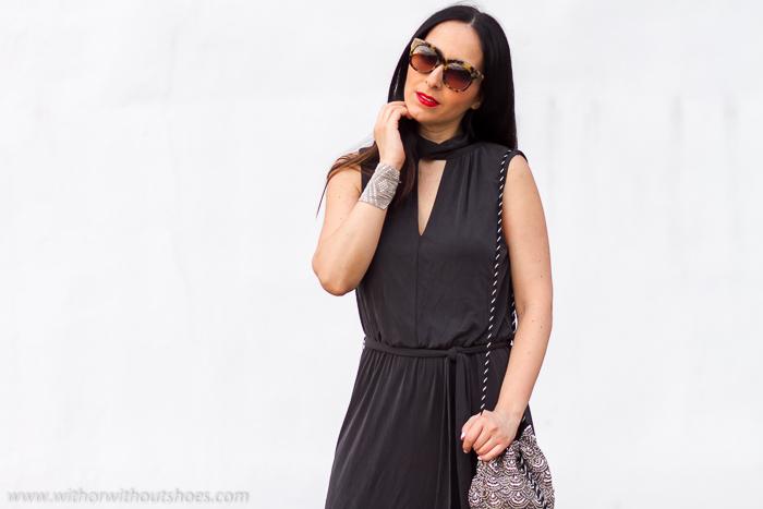 Influencer Moda MUjer España Valencia Instagram looks femeninos SELECTED Vestido gris