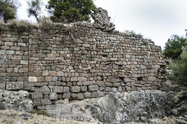 fortaleza bizantina del siglo XII.