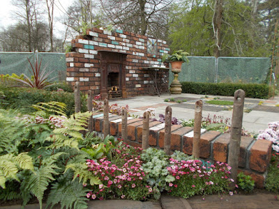 Reimagined Past Garden by Pam Creed RHS Cardiff 2018 Green Fingered Blog