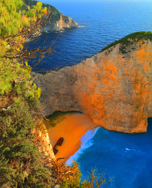 Greece, Ionian Islands, Zakynthos Island, the bay Navagio. Греция, Ионические острова, остров Закинф, бухта Навагио