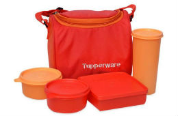 Tupperware RED BEST Lunch Box For Rs 646 at Snapdeal rainingdeal