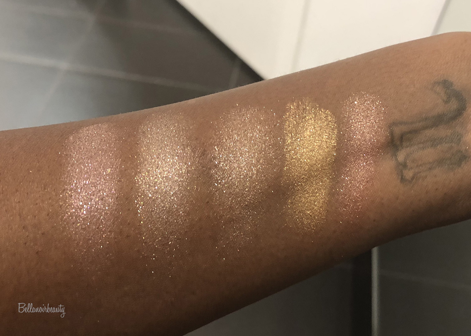 Scattered Light Glitter Eyeshadow by Hourglass #16