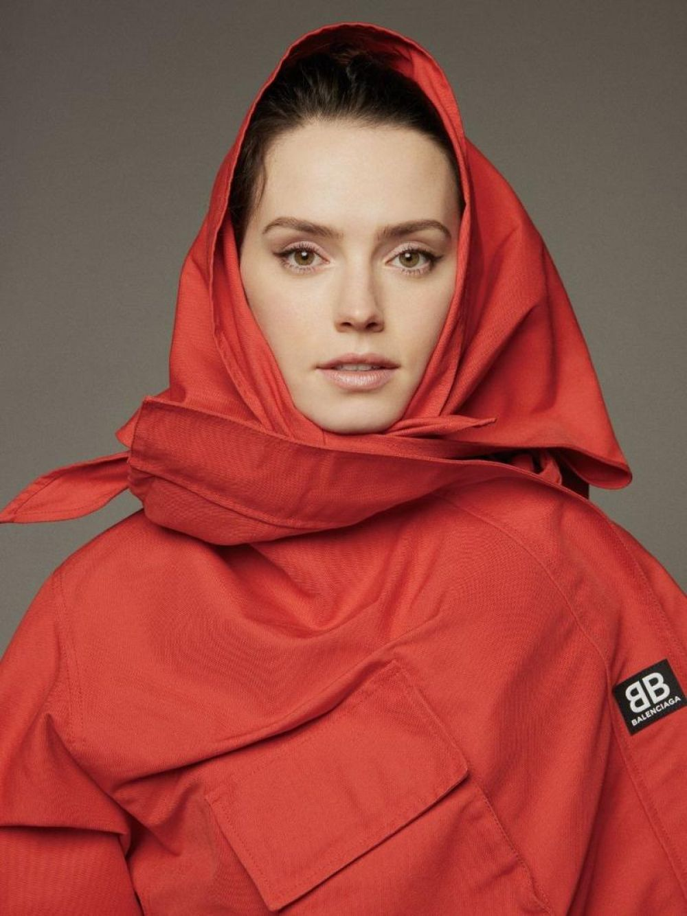 HD Photo Shoot of Daisy Ridley For Grazia Magazine China January 2018 Issue