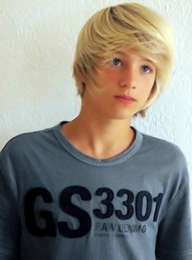 blonde-teenage-boys-teen-girls-having-orgasms