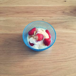 フルーツ ヨーグルト 朝ごはん