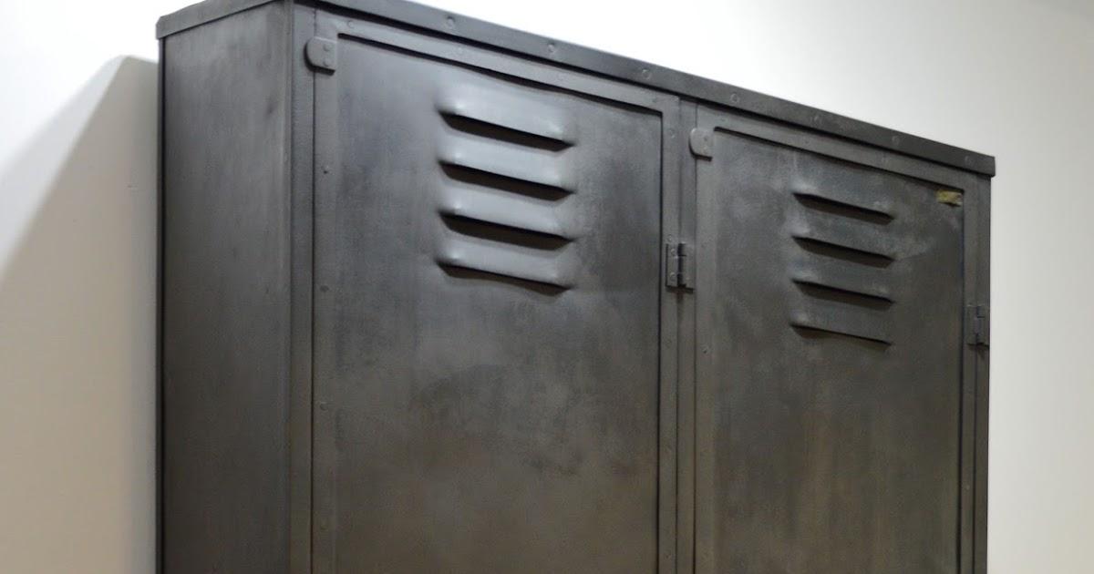 r nover du mobilier d 39 usine. Black Bedroom Furniture Sets. Home Design Ideas