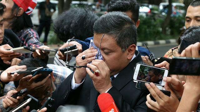 Hasto Menangis, Pengamat: PDIP Biasanya Tidak Cengeng