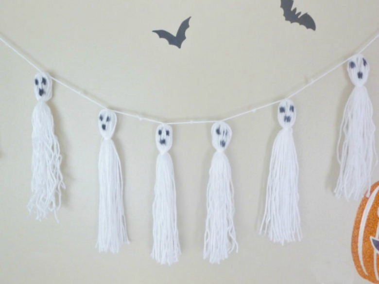 ghost garland by brooklyn berry designs - Ghost crafts for kids
