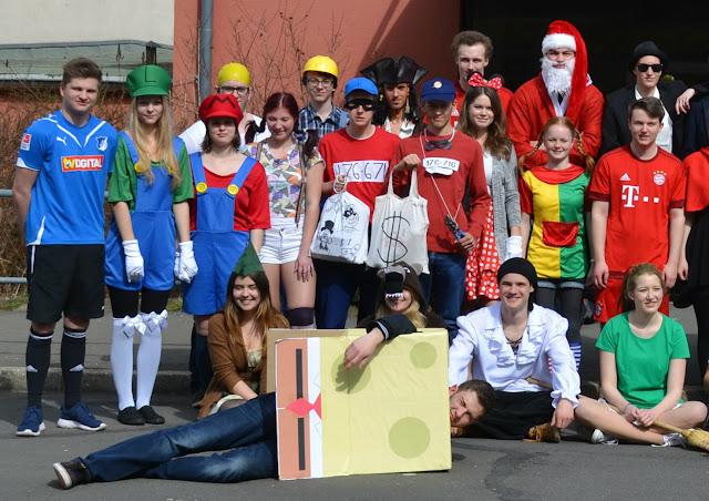 Kindheitshelden Ideen osterlandgymnasium gera schule im grünen april 2016