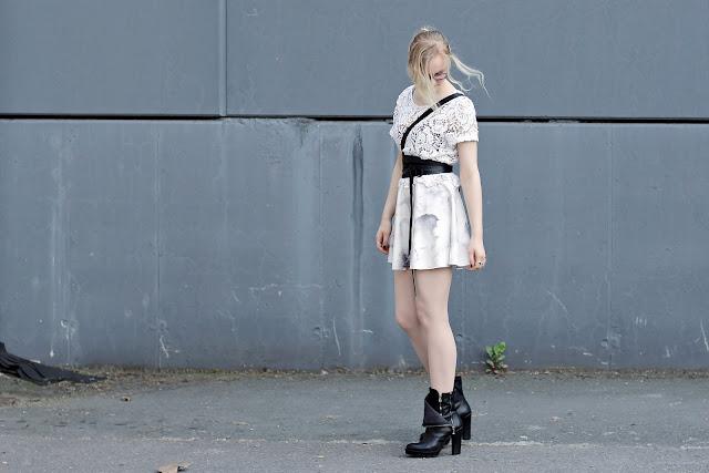 romantic pastel outfit