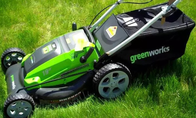 Greenworks 20-Inch 12 Amp Lawnmower