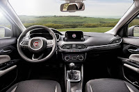 Fiat Tipo Hatchback (2017) Dashboard