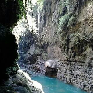 Kapan lagi Anda bisa menikmati keindahan Obyek Wisata Green Canyon ,,,? Dengan menggunakan layanan paket ini Anda akan di damping pemandu Profesional Kami dan kegiatan wisata Anda akan di organisir.