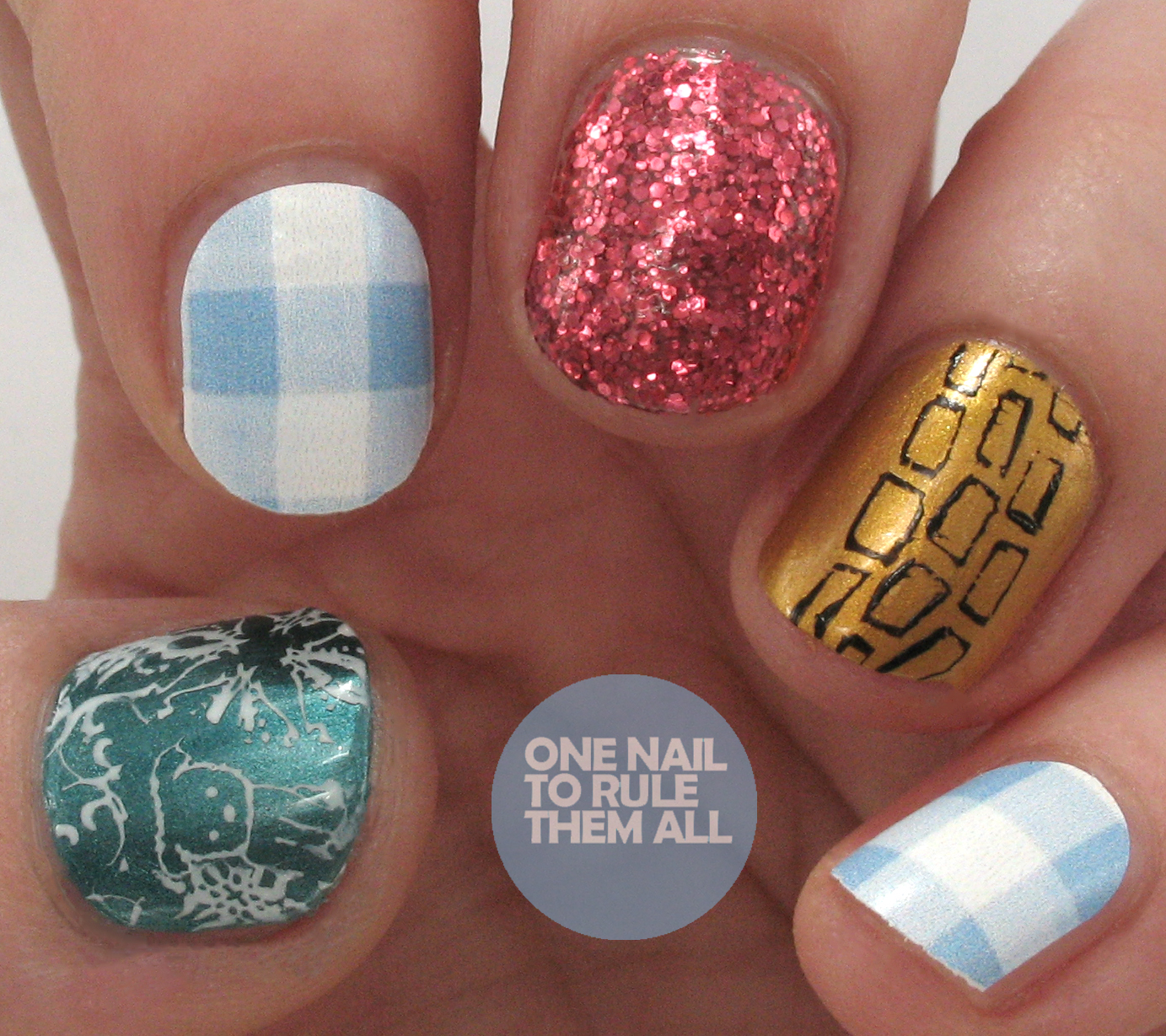 One Nail To Rule Them All: No Place Like Home - Meebox December ...