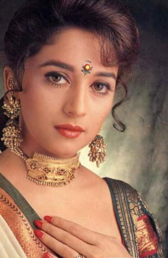 Hot And Cool Madhuri Dixit-8340