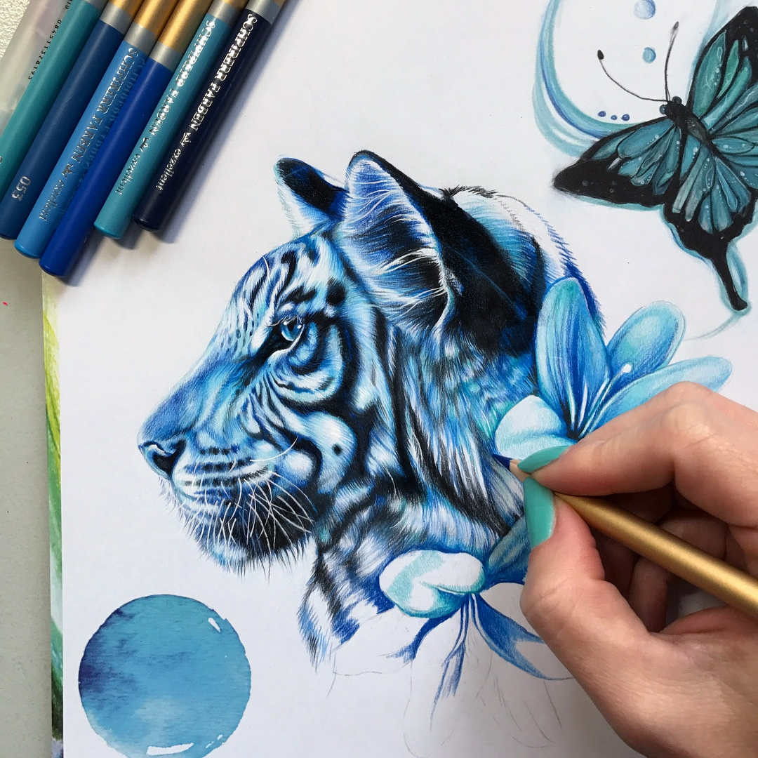 02-Tiger-and-Butterfly-Kelly-Lahar-Realism-with-Animal-Portrait-Drawings-www-designstack-co